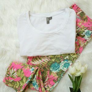 ASOS White T-Shirt Size Small
